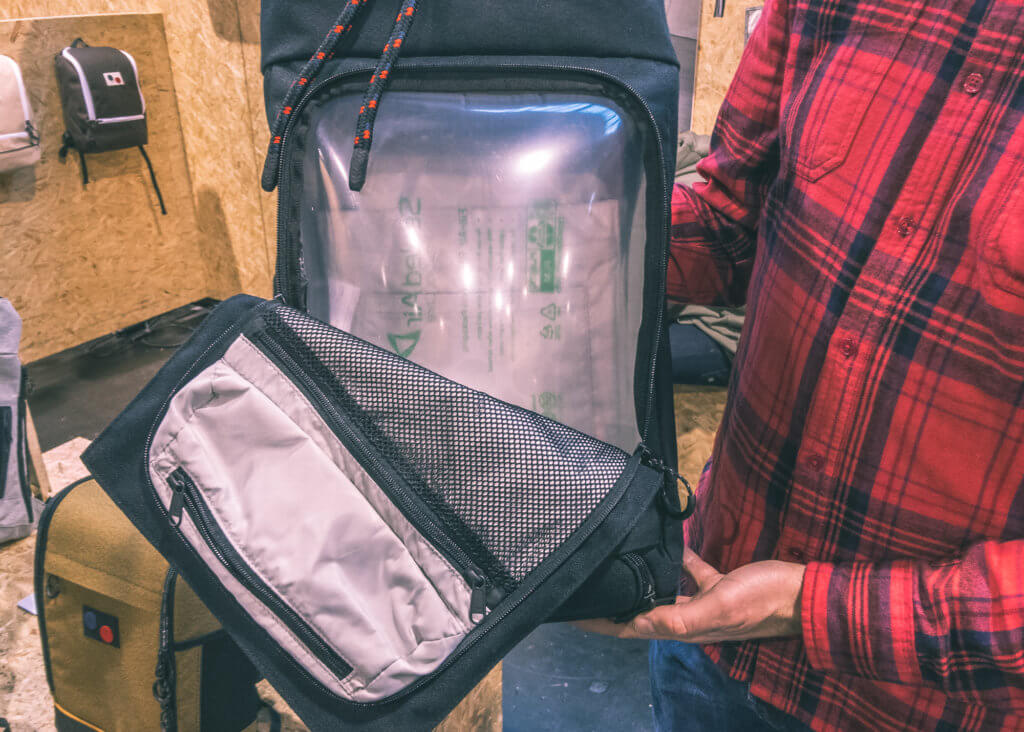 pinponq blok backpack front opening